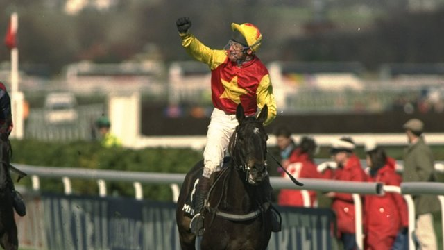 Miinnehoma wins 1994 Grand National