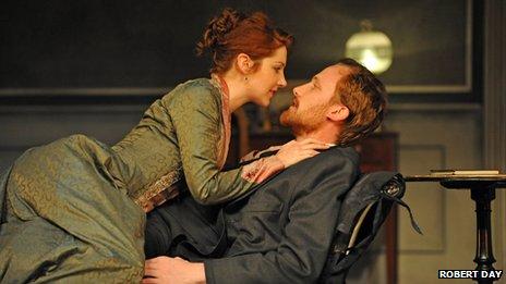 Emma Hamilton as Hedda Gabler with Jack Hawkins as Jorgen Tesman
