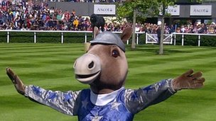 Scotty the Horse entertains the crowd at Ascot