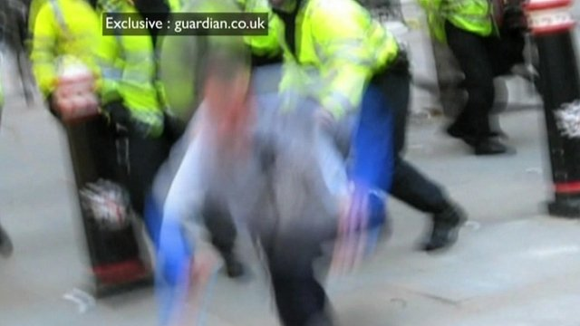 Guardian.co.uk footage of Ian Tomlinson being pushed to the ground