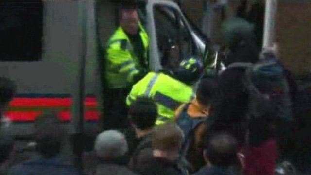 Footage shows PC Simon Harwood at G20 protests in 2009