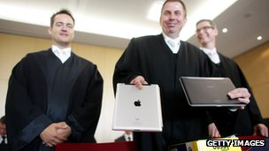 Lawyers in the Apple v Samsung legal battle