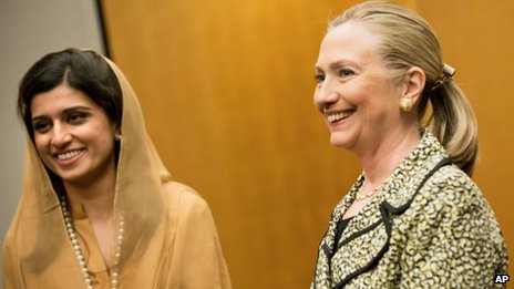 US Secretary of State Hillary Rodham Clinton and Pakistan Foreign Minister Hina Rabbani Khar poses before a bilateral meeting at a hotel in Tokyo 8 July 2012