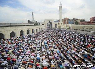 Ramadan prayers outside National Mosque of Bangladesh