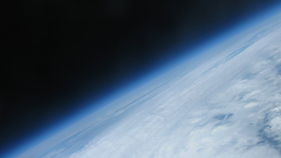 Bbc News In Pictures School Balloon Reaches Edge Of Space