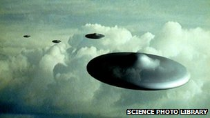 Artist's impression of flying saucers in flight