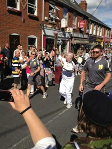 Torch relay in Ludgershall