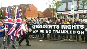 Band passes Ardoyne shops