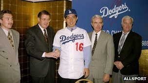 Hiedo Nomo at the press conference marking his signing for the LA Dodgers in 1995
