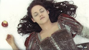 Universal Pictures&#039; Snow White and the Huntsman