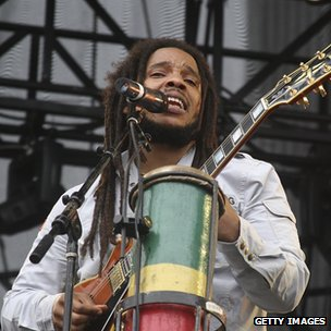 Stephen Marley perfoms during a show
