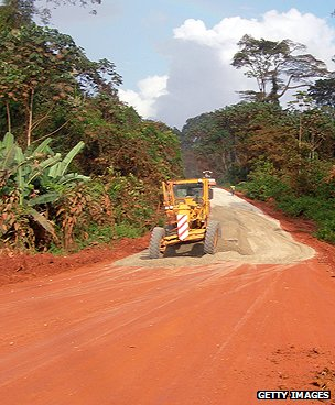 Road construction in Equatorial Guinea