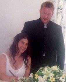 Ceri and Ruth Fuller wedding photo