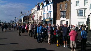 Crowds waiting in Deal