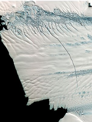 Pine Island glacier satellite photo