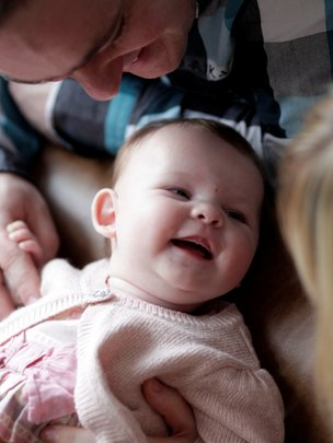A smiling Scarlett