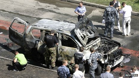 Aftermath of car bomb attack in Kazan, 19 Jul 12