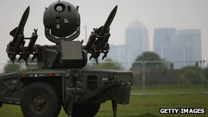 An Army Rapier missile defence battery is deployed at Blackheath in sight of the Canary Wharf