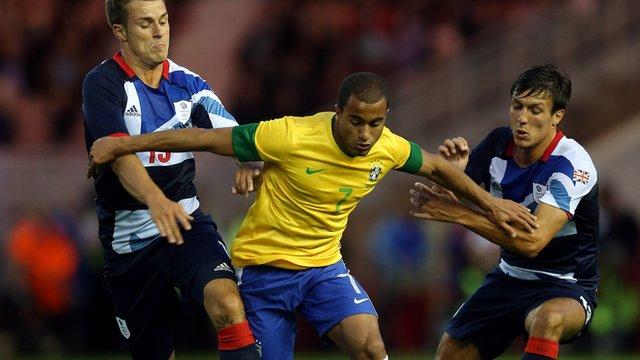 GB 0-2 Brazil