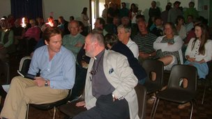 Week St Mary solar farm meeting