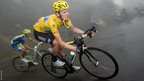 Bradley Wiggins descending in the mist