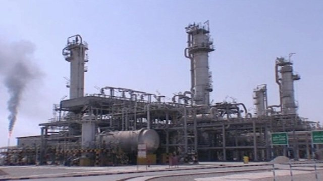 Oil refinery in Iran.