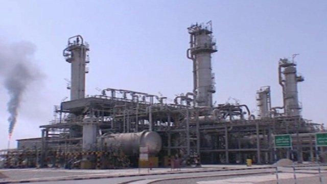 Oil refinery in Iran.