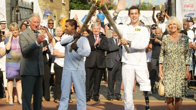 Torch relay in Tottenham