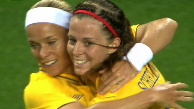 Lotta Schelin scores for Sweden