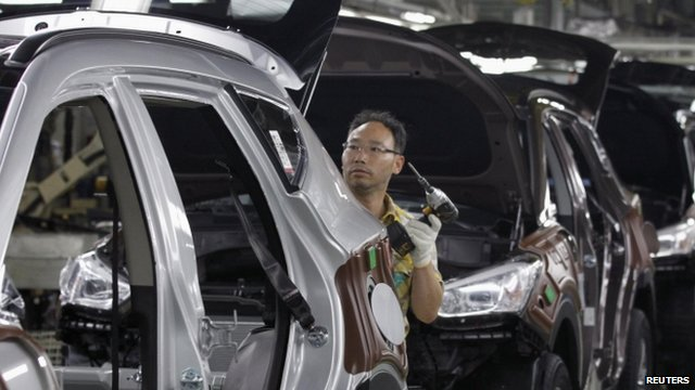 Worker at a Hyundai assembly line 