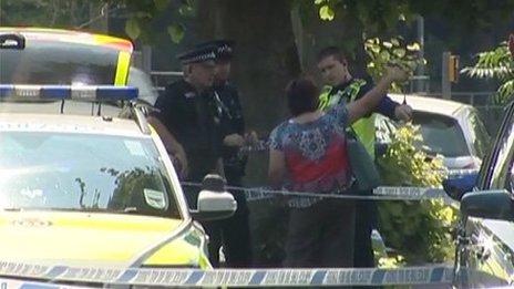 Police cordon in Knaphill
