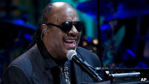 Stevie Wonder performs during in the East Room of the White House in Washington 9 May 2012 file photo