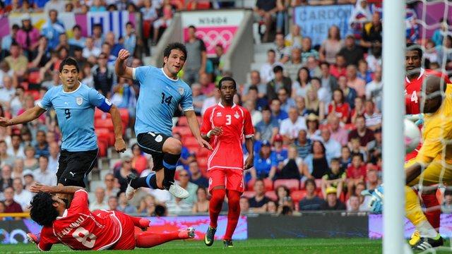 UAE 1-2 Uruguay