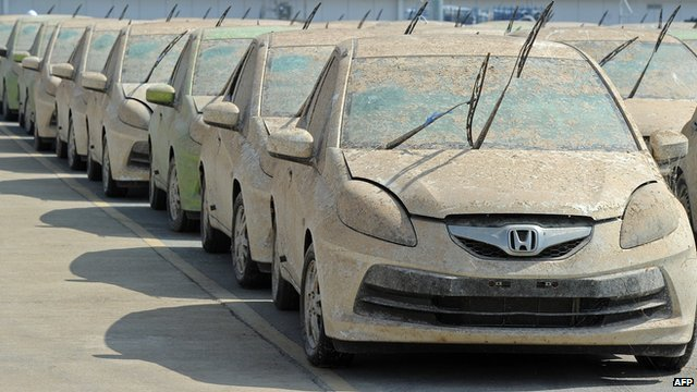 Honda cars damaged by Thai floods