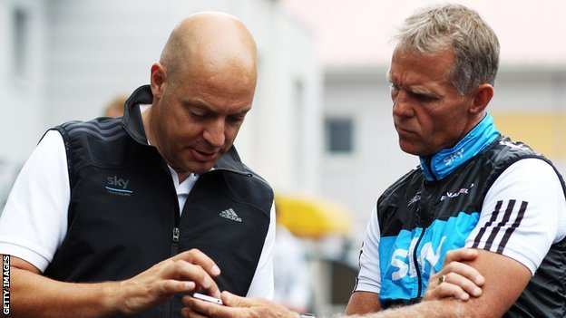 Dave Brailsford (left), organising Team Sky