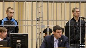 Dmitry Konovalov (L) and Vladislav Kovalyov (R) appear in court over the Minsk Metro bombing