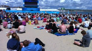 """Live arena"" on Weymouth beach"