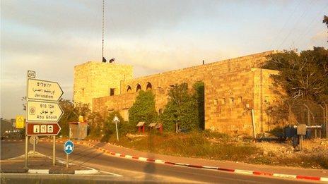 Qaryat El Inab fort