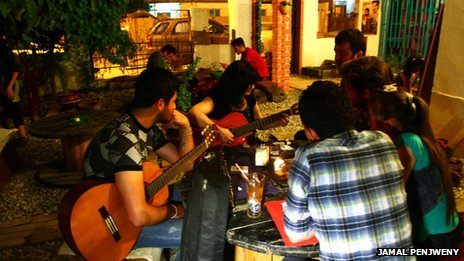 Cafe 11 in Iraqi Kurdish city of Sulimani