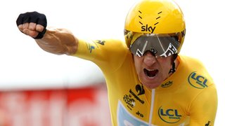 Bradley Wiggins wins the second time trial in the 2012 Tour de France