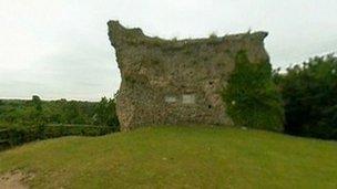 Clare Castle ruins