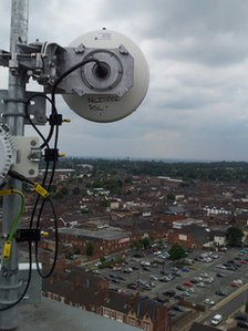 Broadband transmitter overlooking Scunthorpe skyline