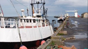 Fishing boats docked on Amble&#039;s quayside