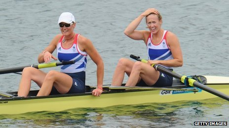 Helen Glover (R) and Heather Stanning