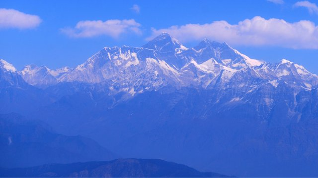 Mount Everest mountain range seen from Nepal