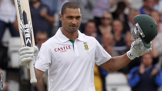 Alviro Petersen celebrates his century