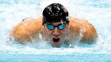 Michael Phelps charegs to Olympic glory at London 2012