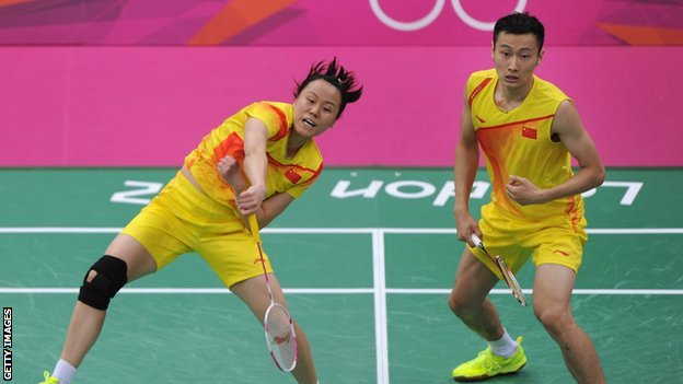 Zhao Yunlei (left) and Zhang Nan (right)