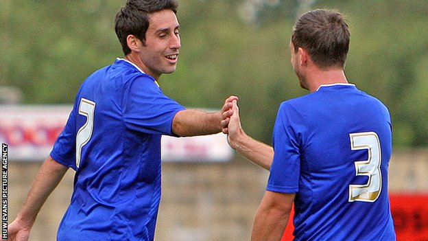 Peter Whittingham celebrates his goal
