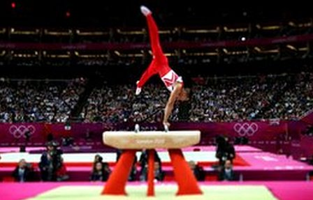 Louis Smith delivers a silver medal winning performance on the pommel horse